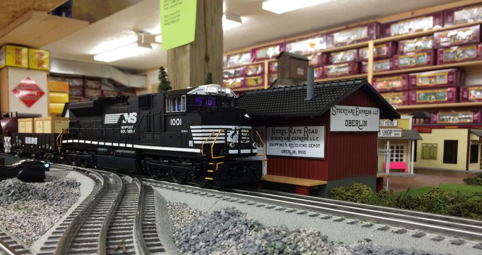 The RailKing Norfolk Southern Ready-to-Run set is currently running on display on the Stockyard Express Central Railroad.